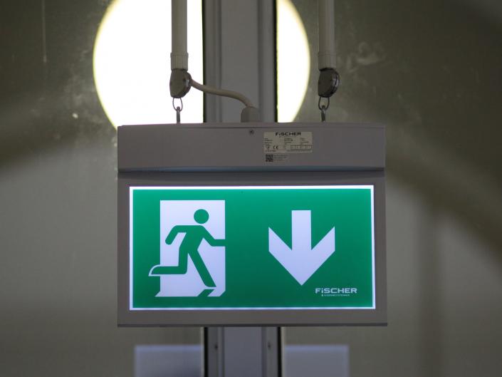 Referenz Notbeleuchtung Kunstakademie Düsseldorf Pendelleuchte