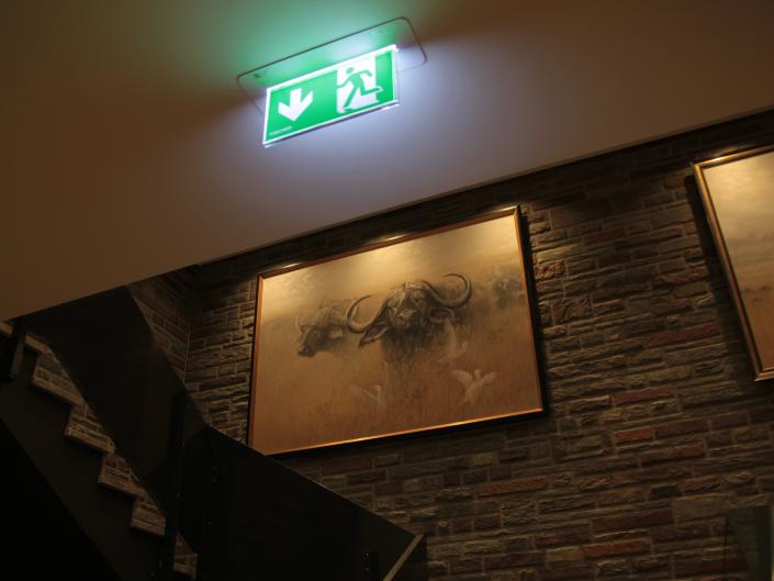 Referenz Notbeleuchtung Golf-Hotel Jakobsberg Treppenhaus 2