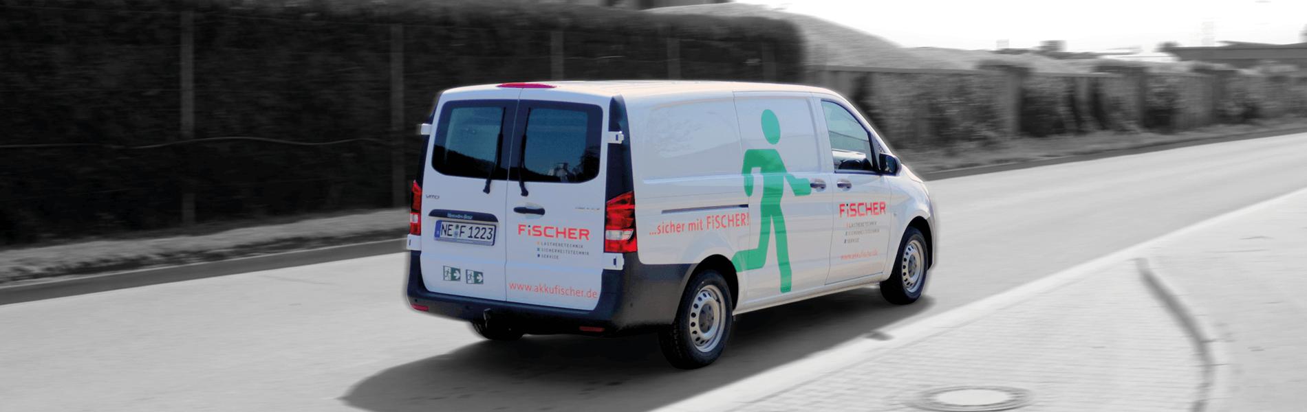 FiSCHER Transporter auf der Straße